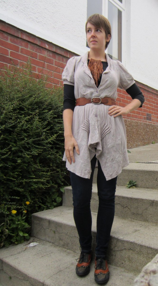 top: my ex-work, cardi: modcloth (a stylish surprise), belt: witchery, necklace: gift (Gottahave on felt.co.nz), jeans: Seven for all mankind, shoes: Jeffrey Campbell (via Free People)