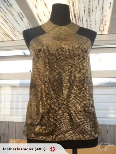 Size 10.  $5.  Auction ends Mar 4