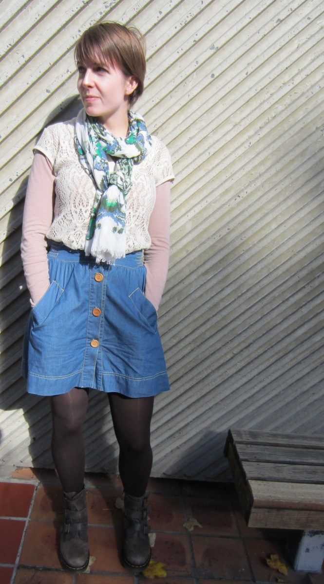 l/s top: cotton on, crochet top: charlotte russe (so old!!), scarf: witchery, skirt: trademe, boots: dr. martens