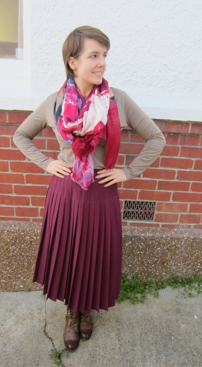 scarf: wichery, top: my ex-work, skirt: vintage, boots: OTBT hutchinson