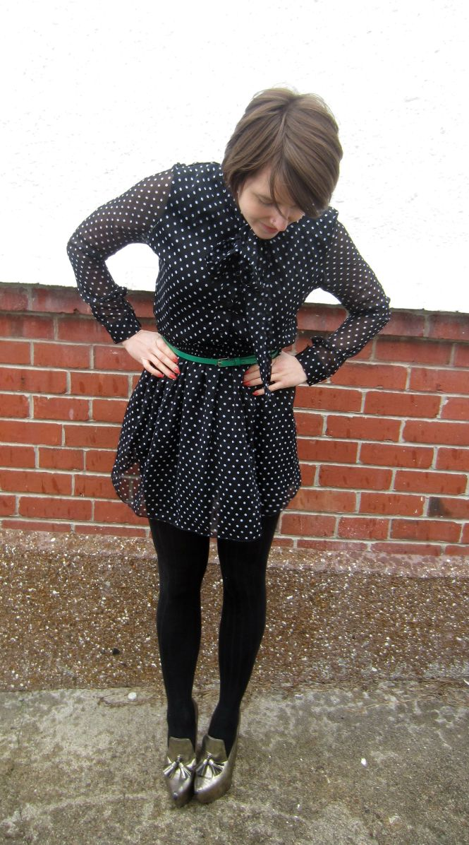 dress: thrifted, belt: witchery, tights: farmers, shoes: trademe (jeffrey campbell)