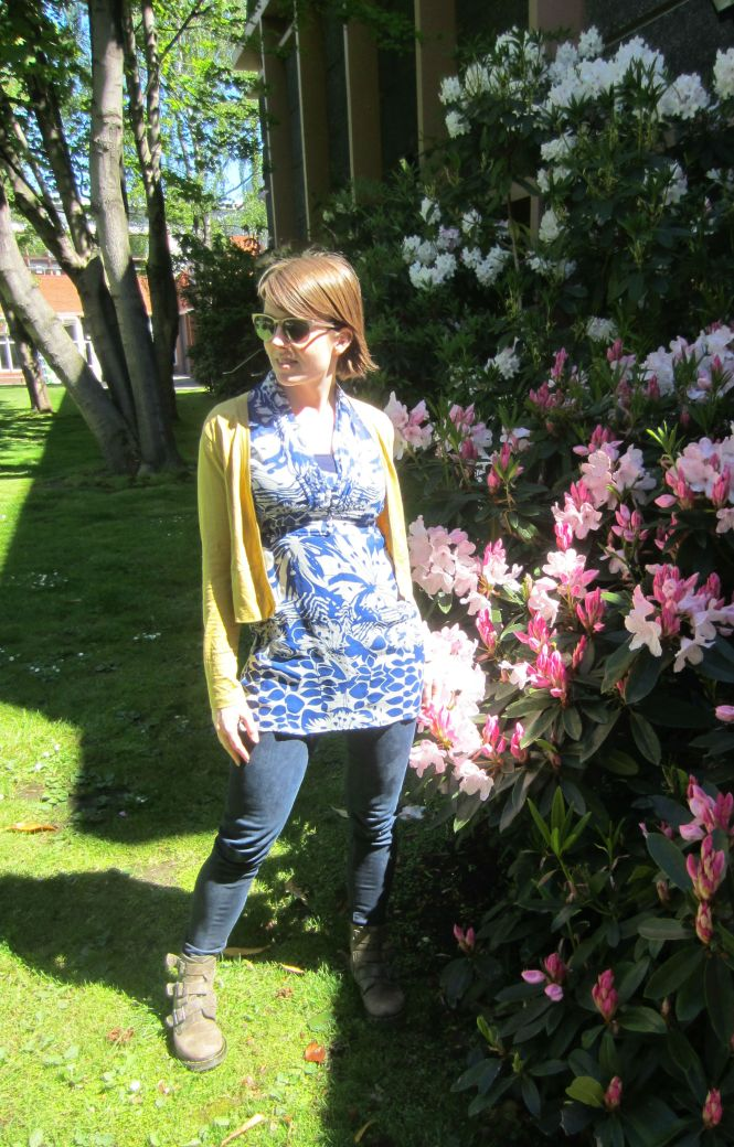 sunglasses: ROC, cardi: my ex-work, tunic: trademe, jeans: seven for all mankind, boots: Dr. Marten