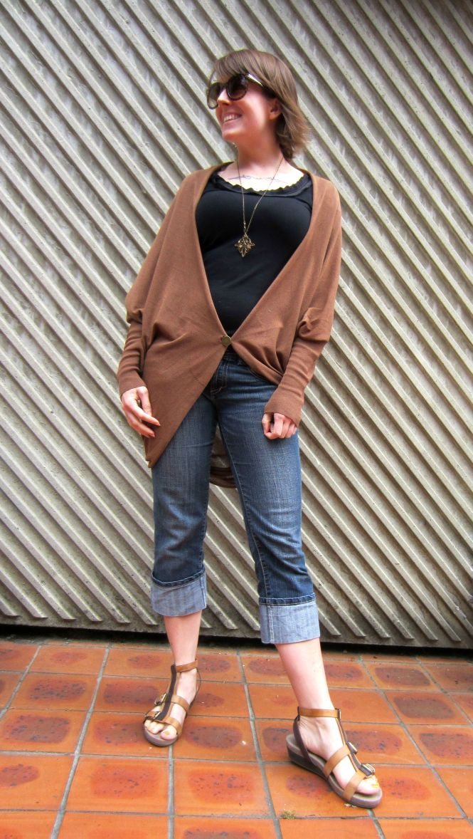 sunglasses: boyfriend found on ground, top: witchery, necklace: modcloth, cardi: witchery, jeans: trademe, sandals: OTBT (amazon.com)