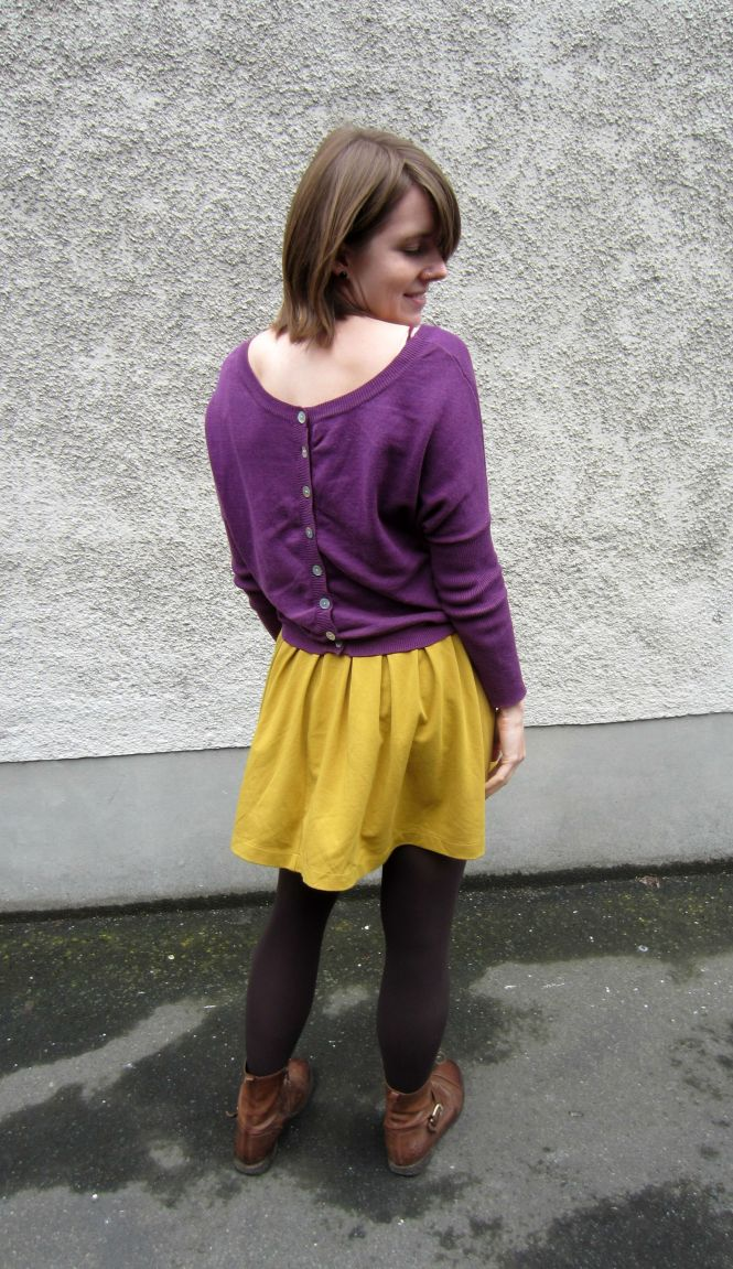 top: Kinki Gerlinki, skirt: trademe (paperscissors), boots: OTBT Hutchinson (amazon.com)