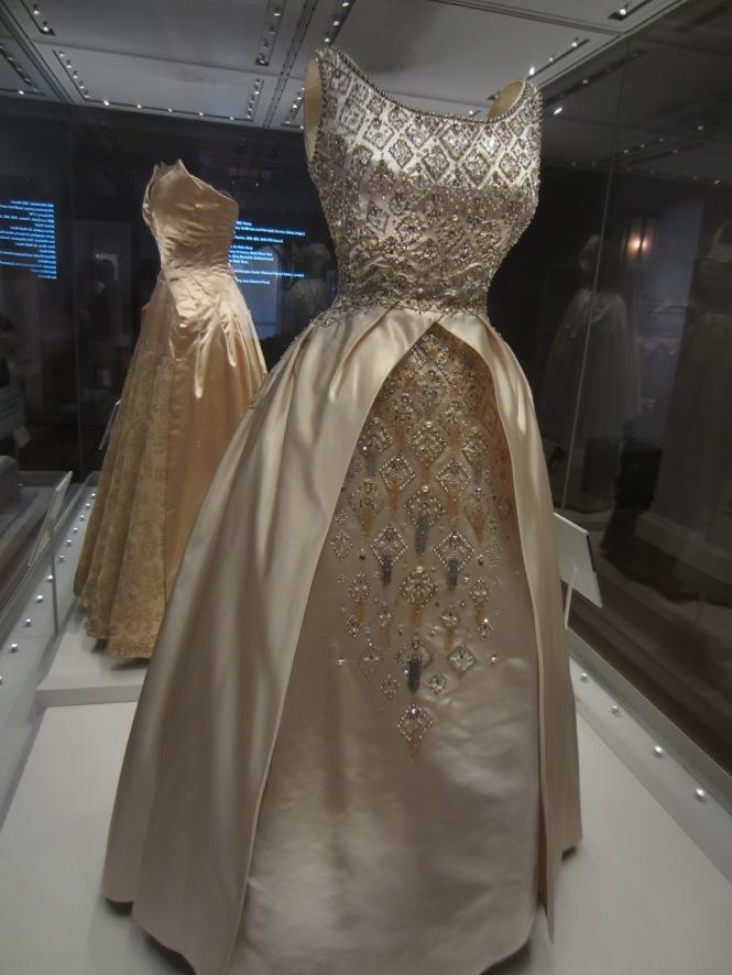 Fabulous dress worn by Queen Elizabeth