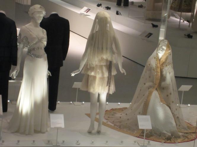 Wedding dresses!!