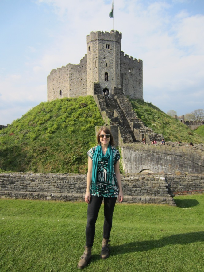 Cardiff Castle (I wore my jeans tons with my other tops - just didn't get many photos of the full ensemble!)