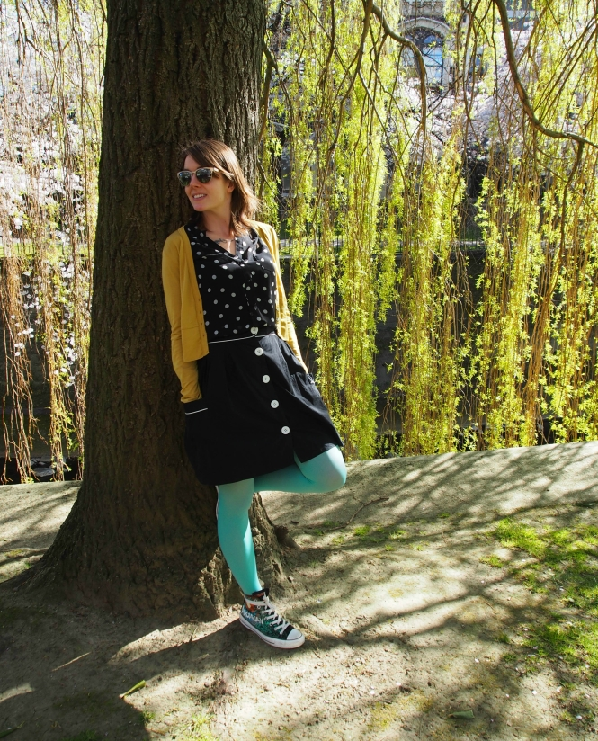 cardi: my ex-work, top: modcloth, skirt: trademe, tights: we love colors, shoes: chuck taylors