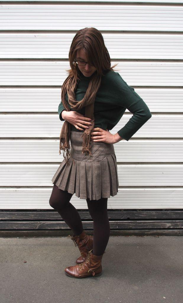 jersey: kinki gerlinki, scarf: camden market, dress: bebe, boots: OTBT