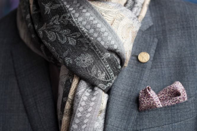 Scarf and pocket detail
