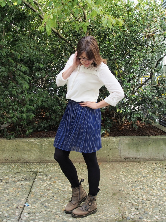top: just jeans, skirt: trademe, boots: dr. martens